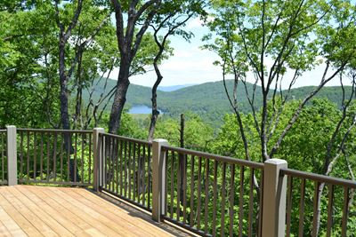 Look at that view! Home floor plans for view lots...